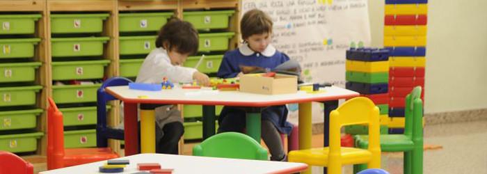 Arredo scuola tavoli nido e materna italveneta didattica for Arredo scuola materna